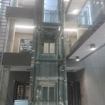 winda na patio na budowie Comarch w Łodzi